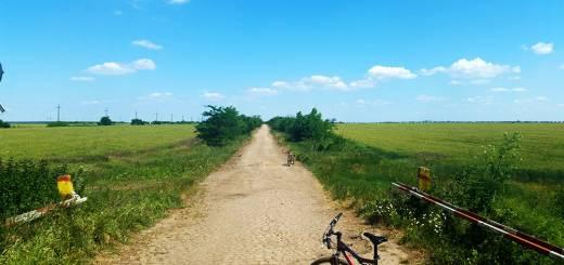 Traseu cu bicicleta langa Parcul Natural Comana - Nu prea se vede marcajul